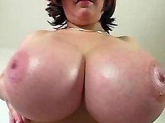 Chesty plump chick enjoys sextoys
