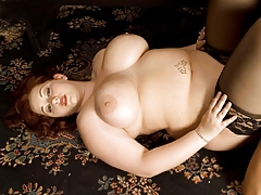 Reyna Mae In Plump Desires